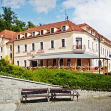 Zimní wellness pobyt pod zámkem Hluboká v Hotelu Podhrad