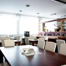 jídelna + restaurace
