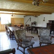 Dům s pronájmem pokojů - Brtníky