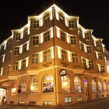 Svatební noc v hotelu Zlatý Lev v Žatci
