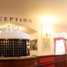 Hotelová recepce