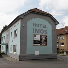 Pobytový balíček pro dvě osoby v Hotelu Imos