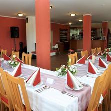 Svatební salónek