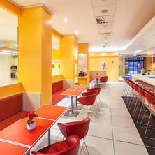 Ibis hotel Plzeň - lobby bar