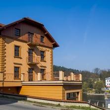 HOTEL ŽIŽKOVY LÁZNĚ Tábor