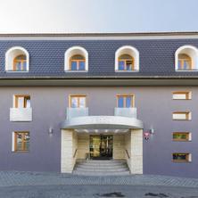 Hotel HERRMES building