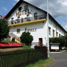 štít Hotel Formule