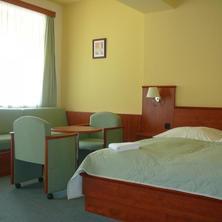 dvoulůžkový pokoj s možností 1-2 přistýlek