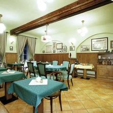 Hotel LEONARDO I+II