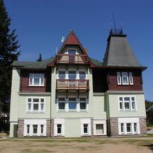 VILLA GOLDEN
