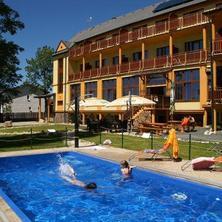 Hotel bazén