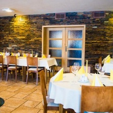 Restaurace a Penzion Na Mýtě