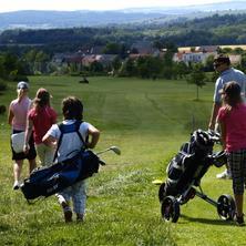Rodina na golfu