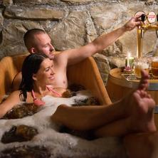 Romantický pobyt s pivní lázní a degustací vína v Hotelu U Císaře v Mělníku