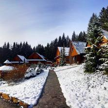 Zimní relaxace na Ondrášově dvoře (chaty, apartmánové vily)