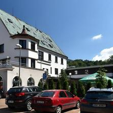 Hotel U jezírka