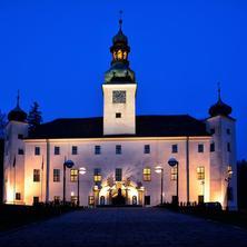 Noční pohled na zámek