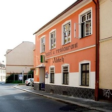 Hotel Aldek