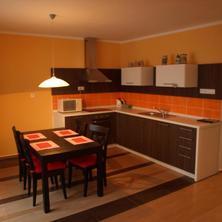 Kuchyň velkého apartmánu