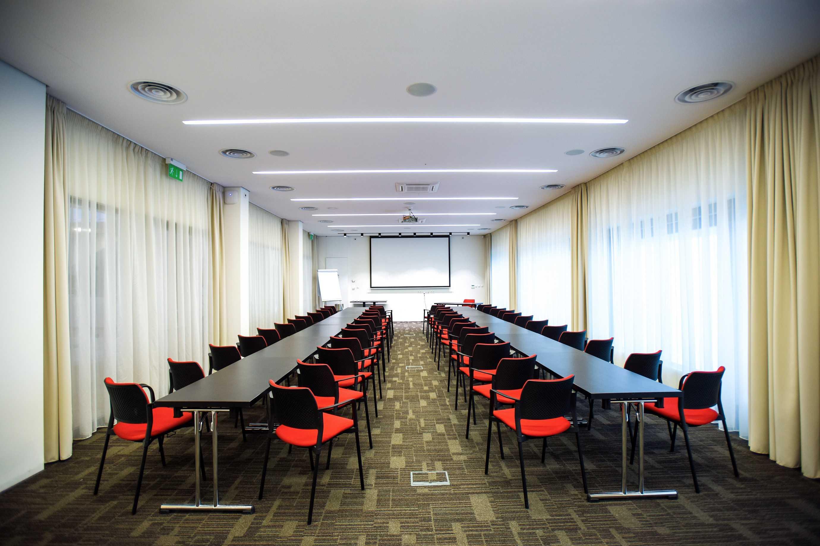 hotel-s-port_konferencni-sal-1