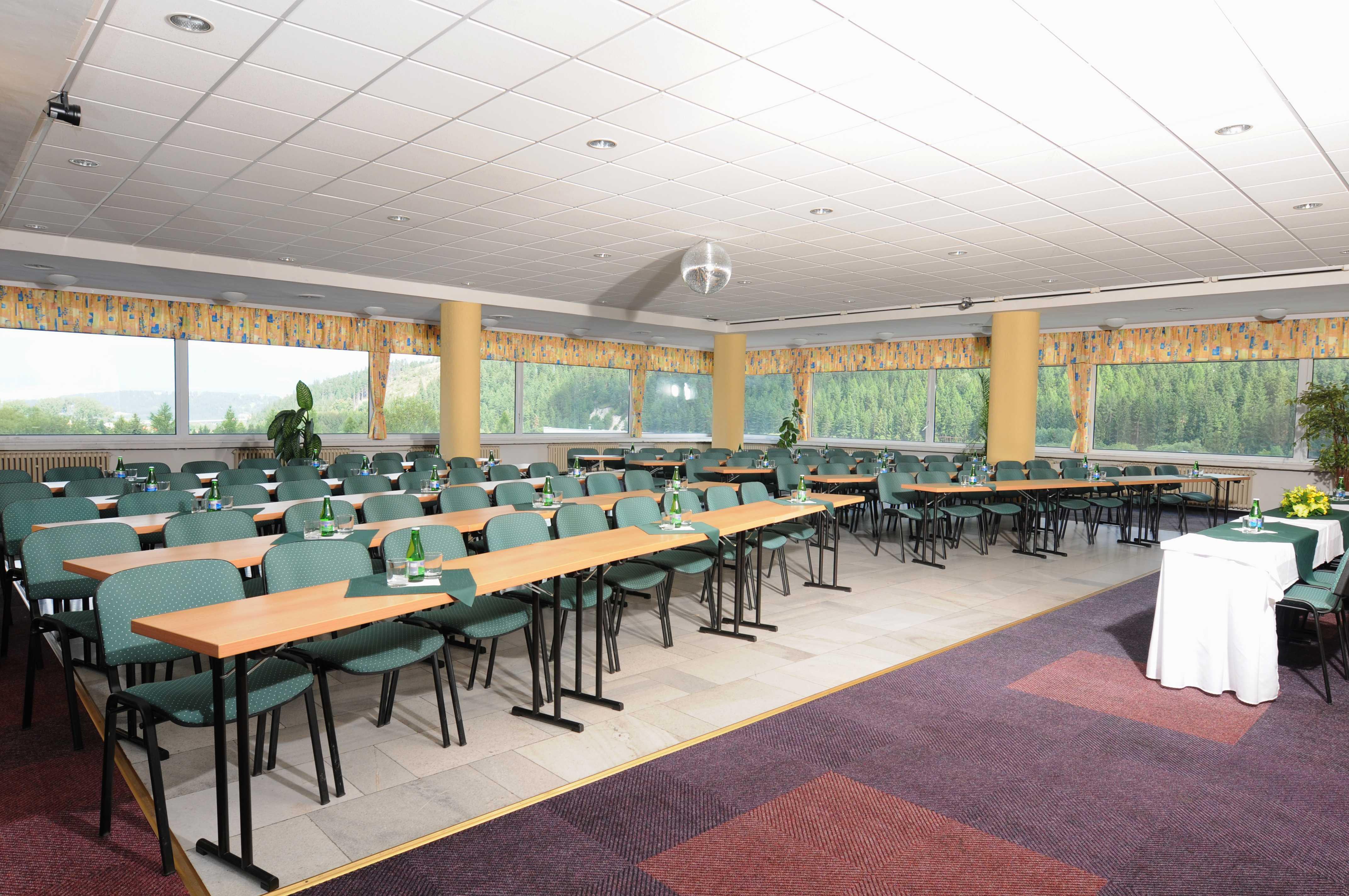 hotel-sorea-maj_konferencni-sal-1