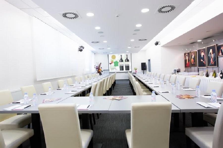 lifestyle-hotel_konferencni-mistnost-1