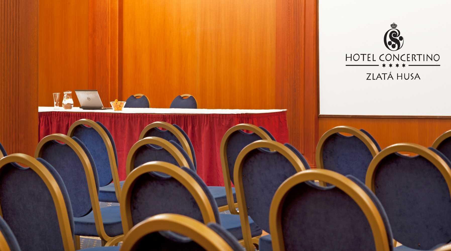 hotel-concertino-zlata-husa_kongresovy-sal-1