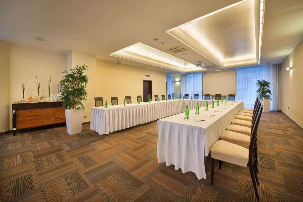 wellness-hotel-diamant_konferencni-sal-1