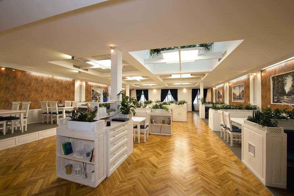 hotel-slavia_konferencni-sal-1