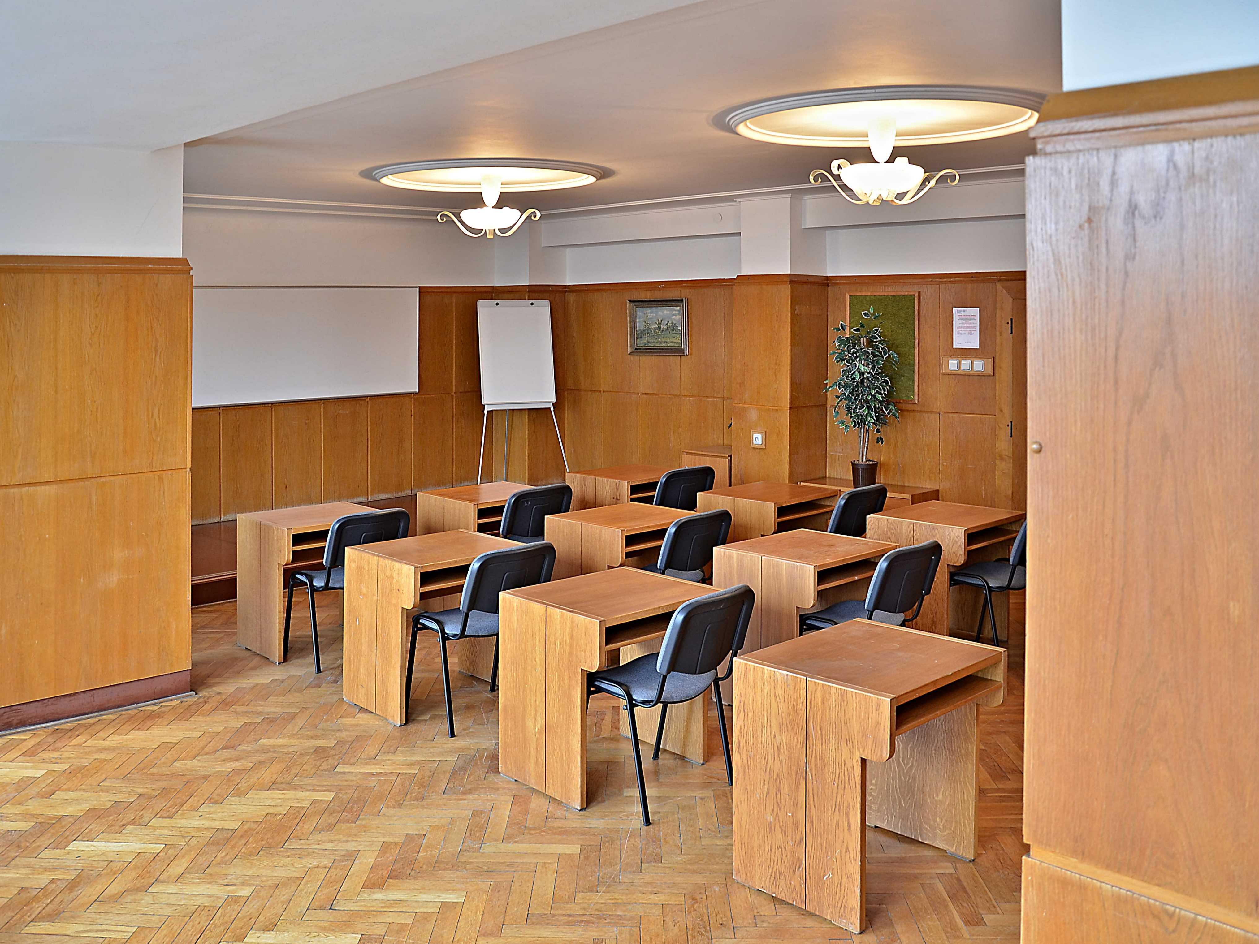 hotel-dobruska_zasedacka-c-70-1