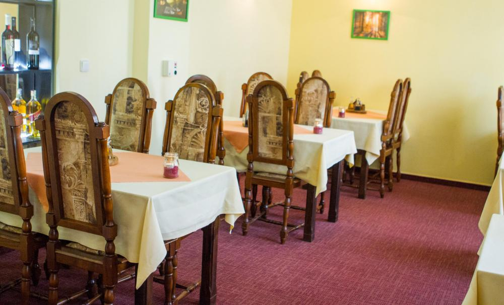 penzion-pomnenka_restaurace-1