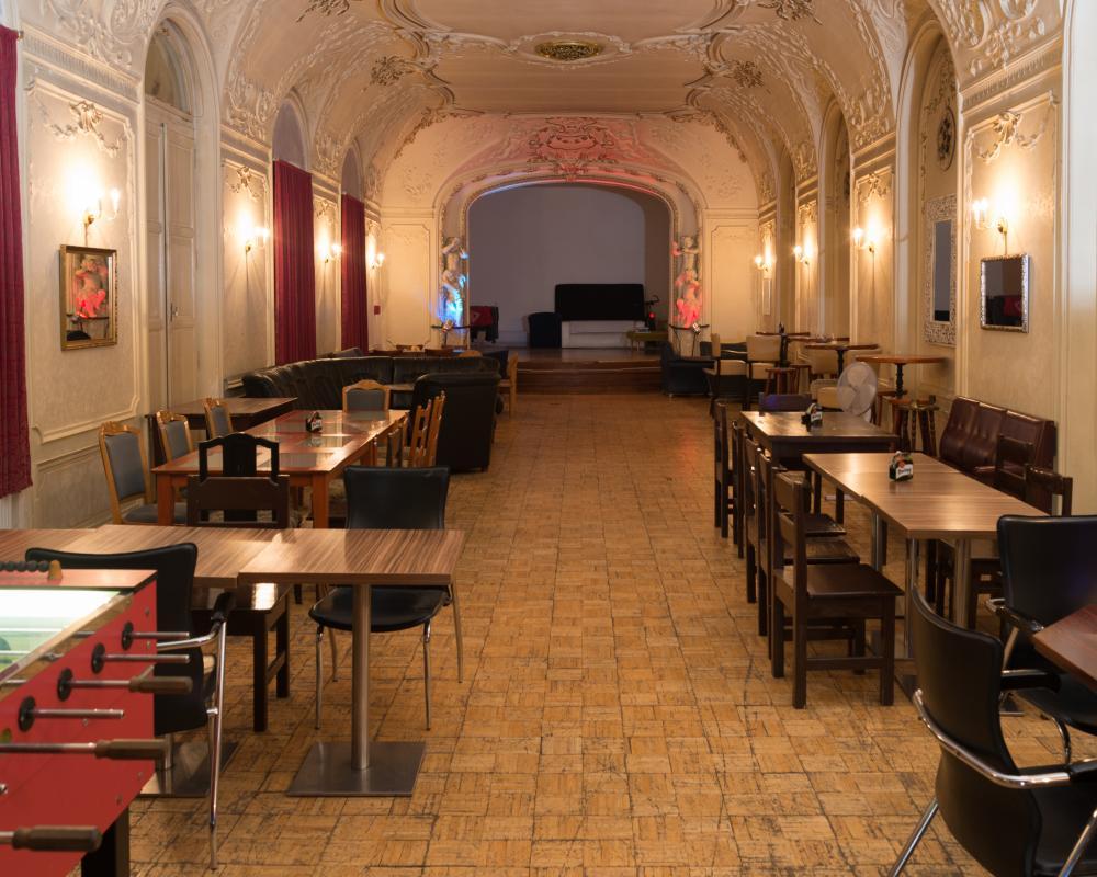 club-hotel-praha_sal-1