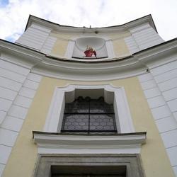 Kostel sv. Petra a Pavla v Bobrové