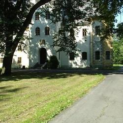 Zámek Janovice
