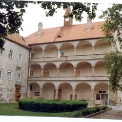 Zámek Bohutice