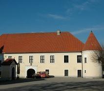 Zámek Louňovice pod Blaníkem