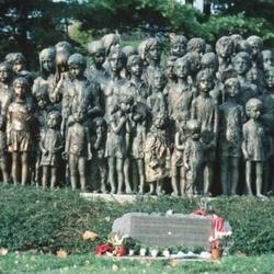 Památník obětem nacismu v Lidicích