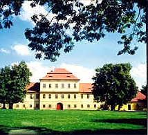 Valdštejnský zámek Litvínov