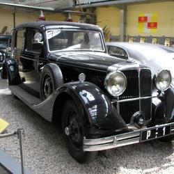 Soubor automobilů NW a Tatra