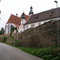 Areál kostela Nanebevzetí panny Marie - Kájov