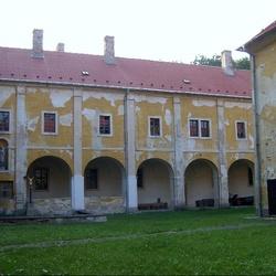Františkánský klášter Hájek
