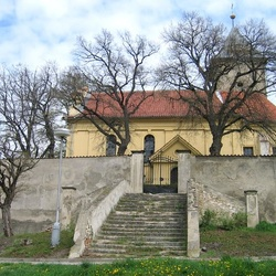 Kostel sv.Jakuba Většího v Minicích