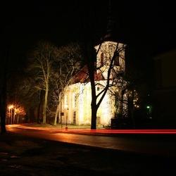 Kostel Všech Svatých v Bratronicích