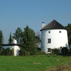 Větrný mlýn v Libhošti