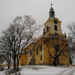 Kostel Povýšení sv. Kříže ve Vtelně
