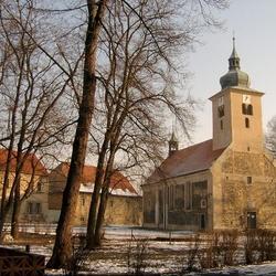 Kostel sv. Šimona a Judy v Lenešicích