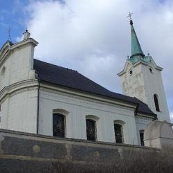 Kostel sv. Petra a Pavla v Radotíně