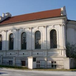 Husův sbor v Kladně (bývalá synagoga)