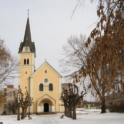 Kostel Povýšení sv. Kříže v Karlových Varech