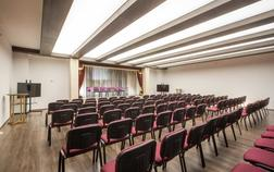 zamek-luzec-spa-wellness-resort_konferencni-sal-panorama-1